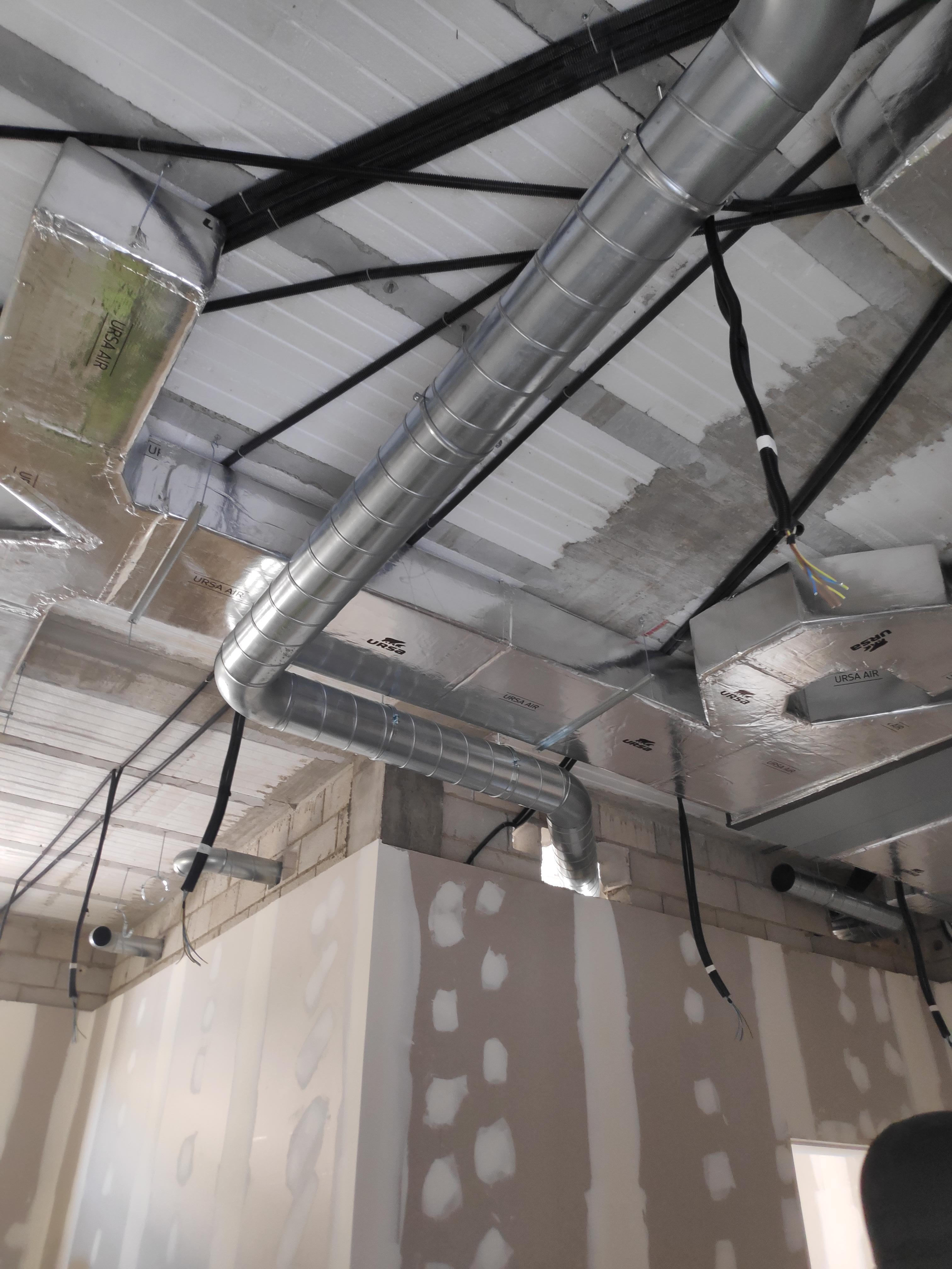 Instalación de conductos de ventilación en Sevilla