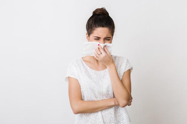 ¿Cómo evitar los resfriados por el aire acondicionado? 🤧
